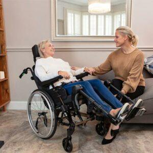 6.3 Pflege-Rollstühle